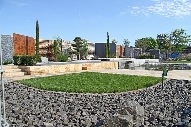schaugarten erdenwerk mannheim natursteine und sch ttg ter. Black Bedroom Furniture Sets. Home Design Ideas