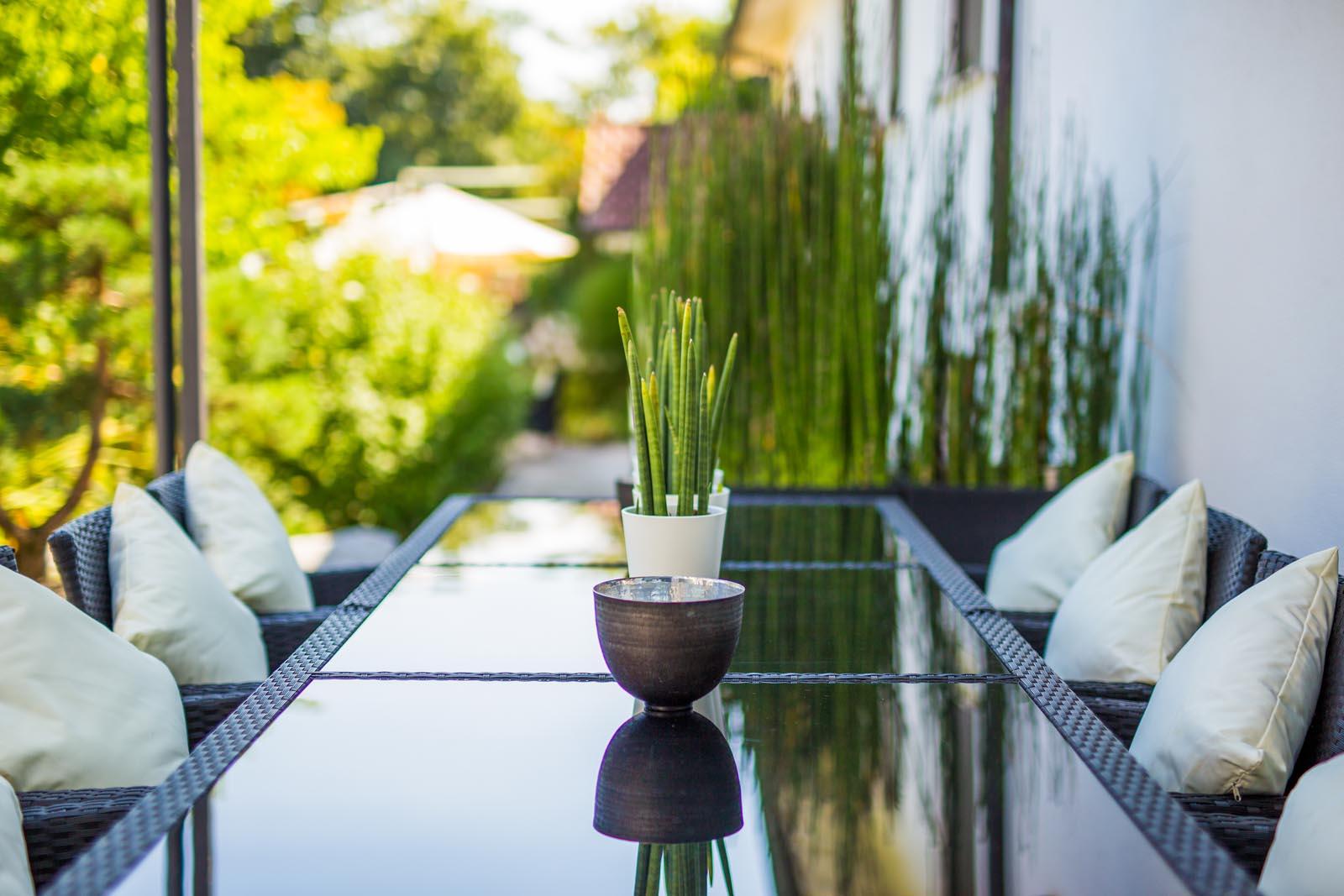wasser stahl naturstein weiland gr nbau garten und landschaftsbau aus mannheim. Black Bedroom Furniture Sets. Home Design Ideas