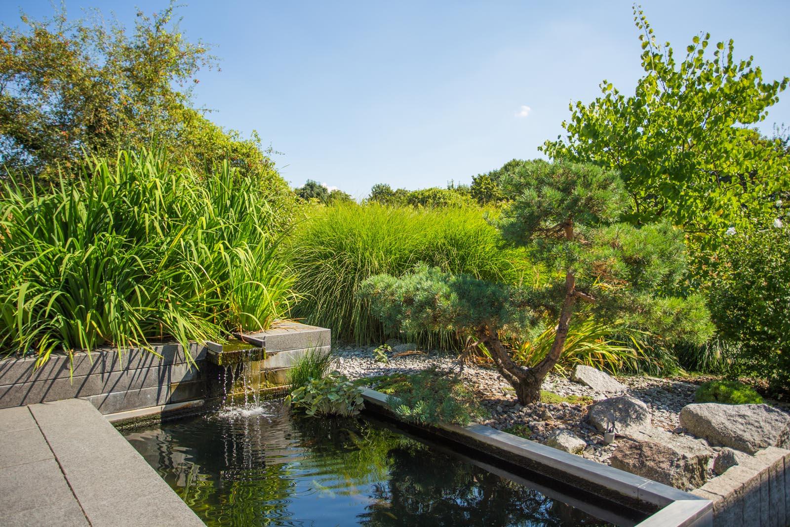Wasser stahl naturstein weiland gr nbau garten und - Garten und landschaftsbau mannheim ...